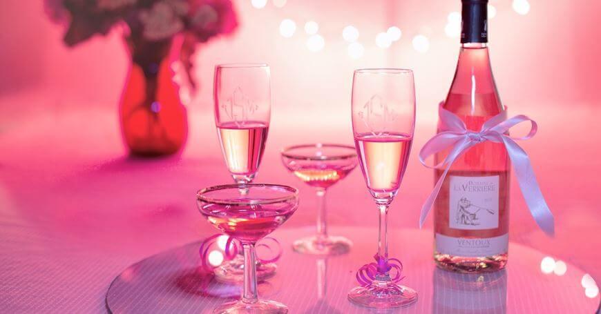 Šampanjac za Dan zaljubljenih