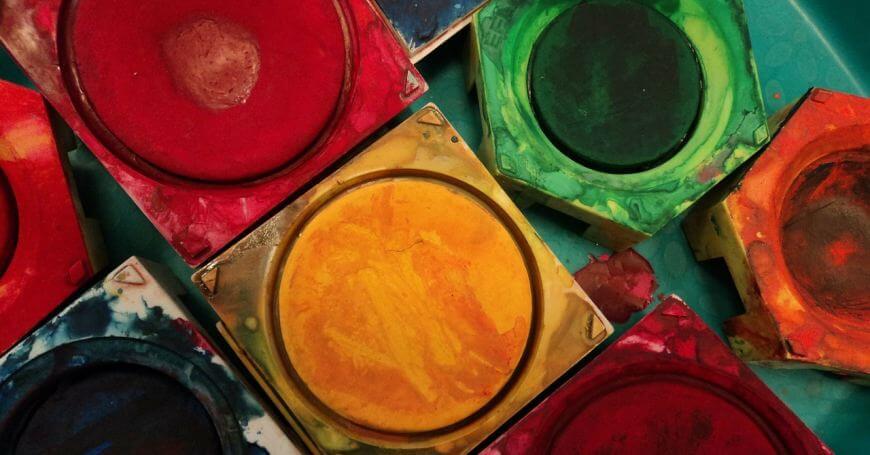 različite boje korišćenih tempera