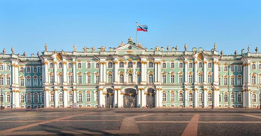 Ermitaž: čarobni muzej na obali Neve